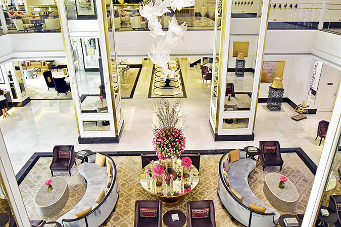 Emirates Holidays | Dubai | Akanksha Redhu | taj lobby from top
