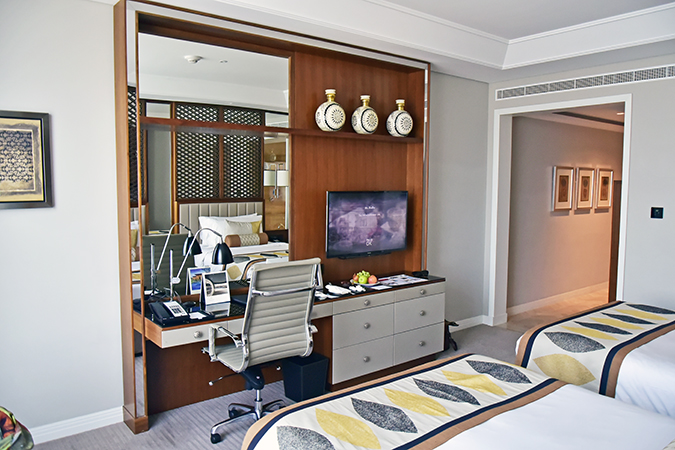 Emirates Holidays | Dubai | Akanksha Redhu | taj room living area
