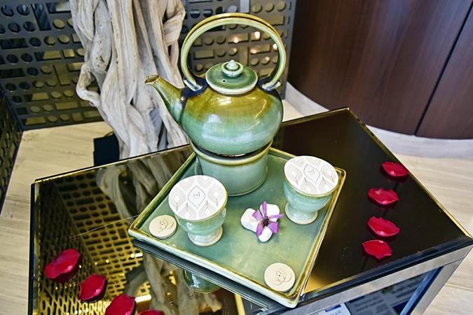 Taj Dubai | #EmiratesHolidays | Akanksha Redhu | spa teapot