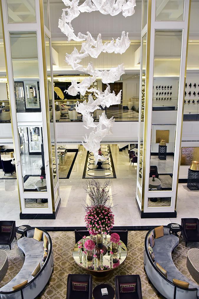 Taj Dubai | #EmiratesHolidays | Akanksha Redhu | lobby frm op long