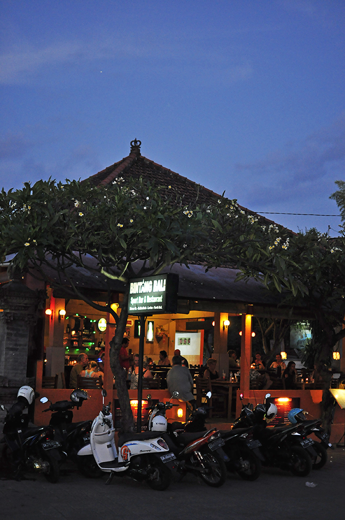 Lovina Beach | Bali | Akanksha Redhu | resto at night