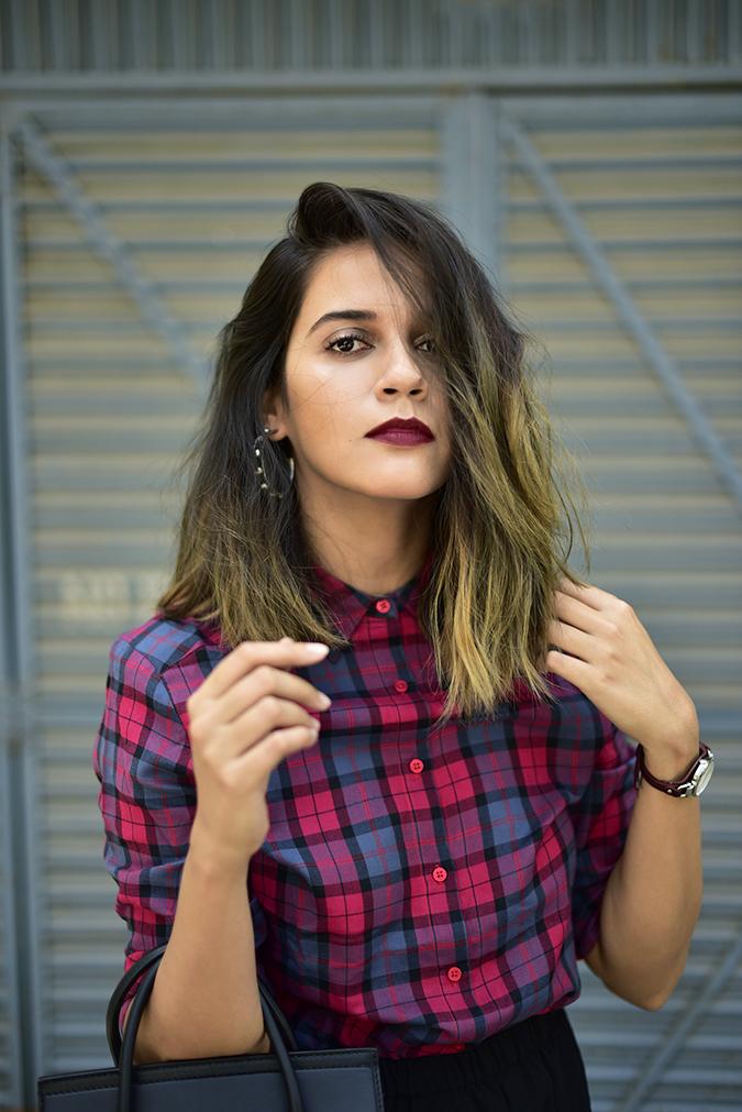 Sbuys | Akanksha Redhu | half front wavy hair