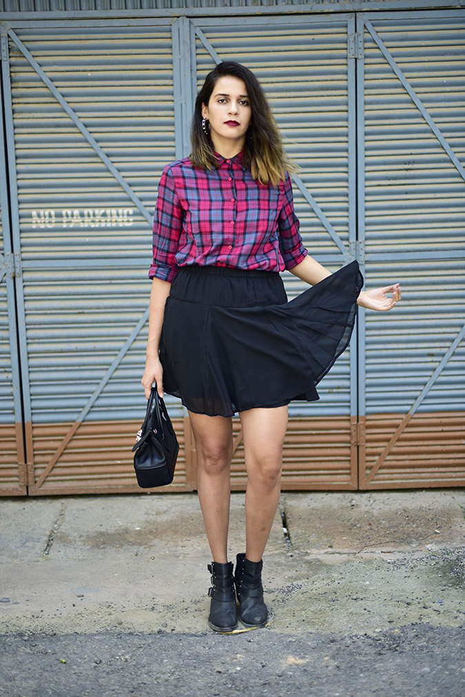 Sbuys | Akanksha Redhu | full front skirt flip1