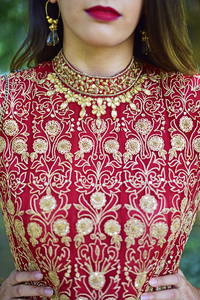 Tarun Tahiliani | Akanksha Redhu | neck front details lips