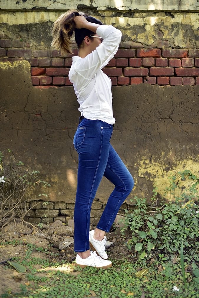 Calvin Klein   Akanksha Redhu   full side pony