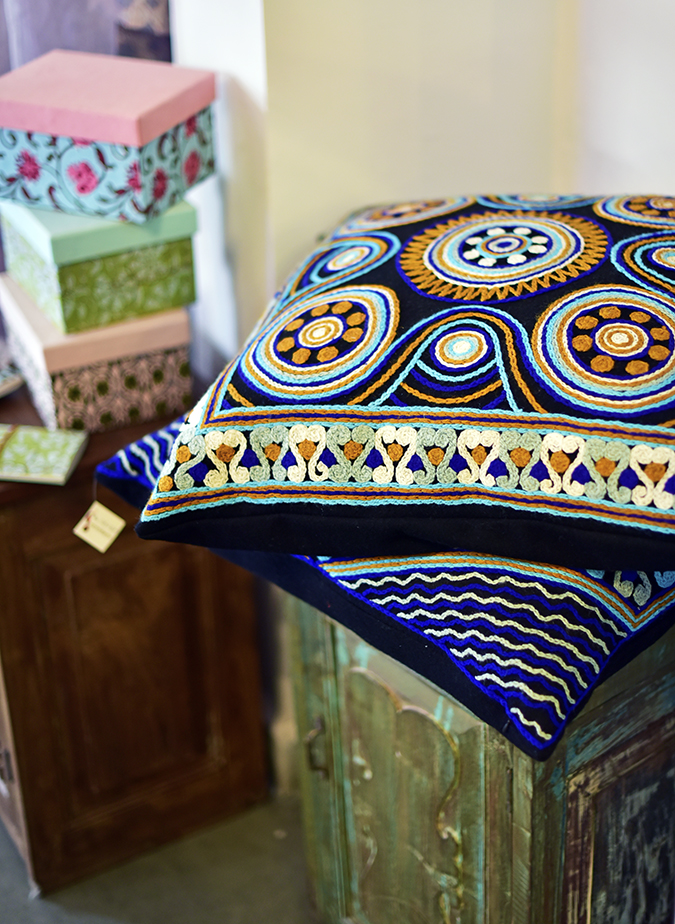 Serendipity Delhi | Akanksha Redhu | big blue cushions