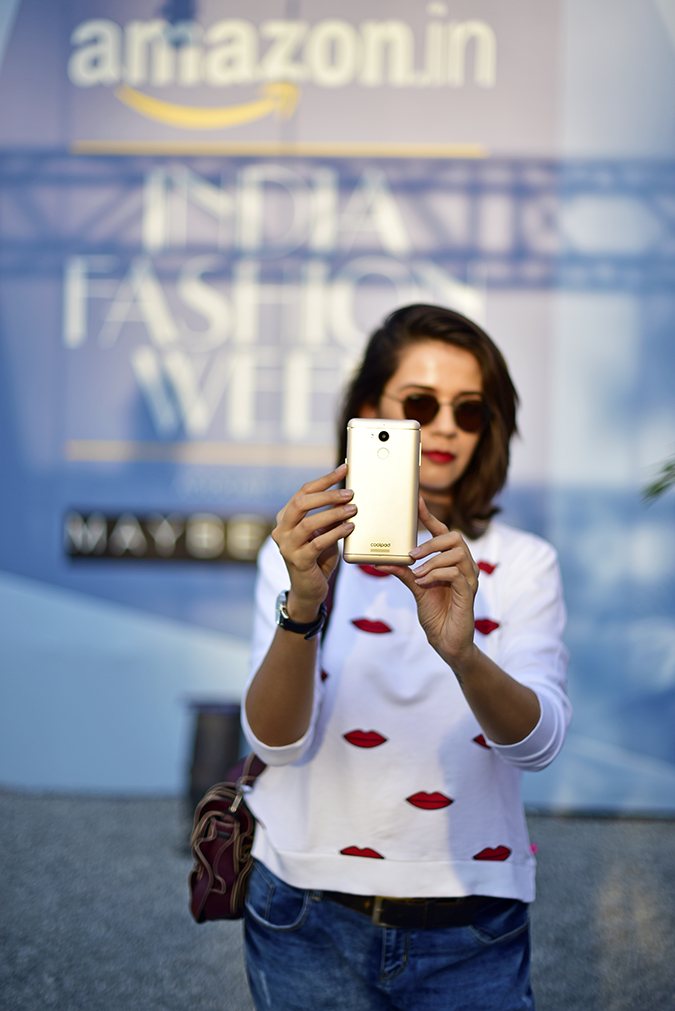 Coolpad India | Akanksha Redhu | selfie with aifw branding back
