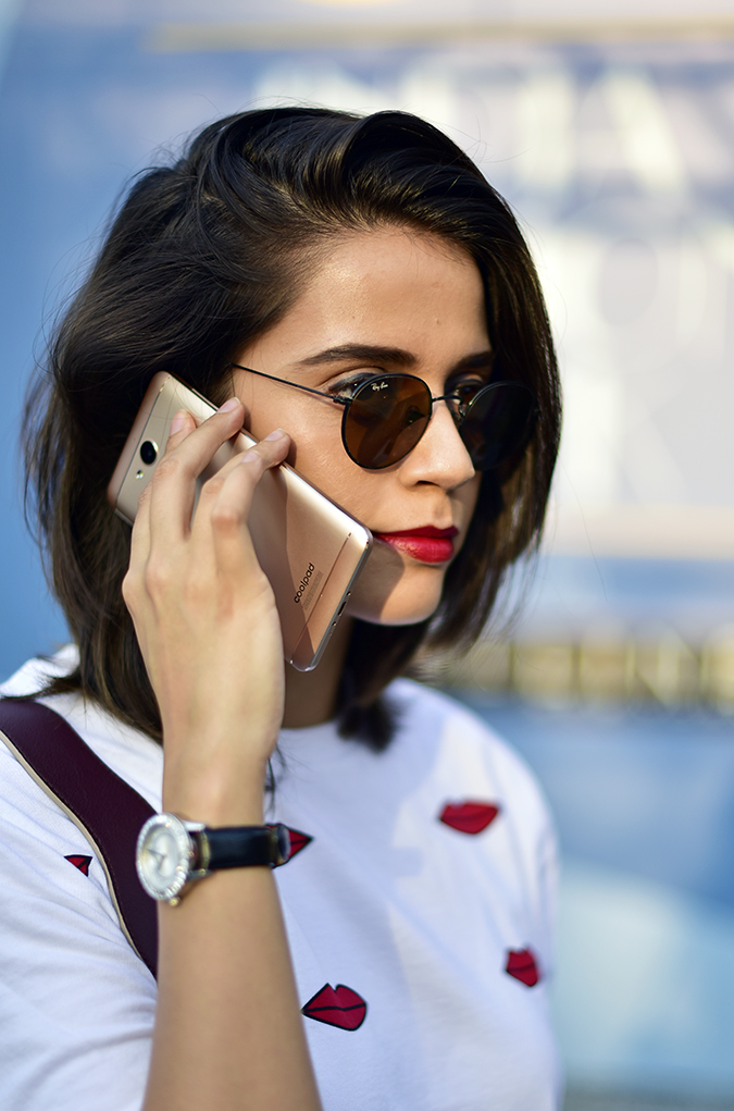 Coolpad India | Akanksha Redhu | talking on the phone
