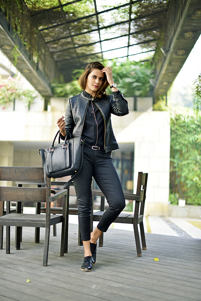 #BuyTheWillsLifestyle | Akanksha Redhu | formal standing