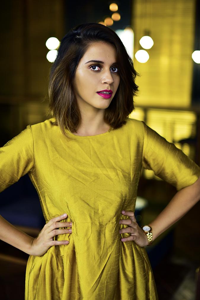 Golden Girl | Akanksha Redhu | half front hands on waist