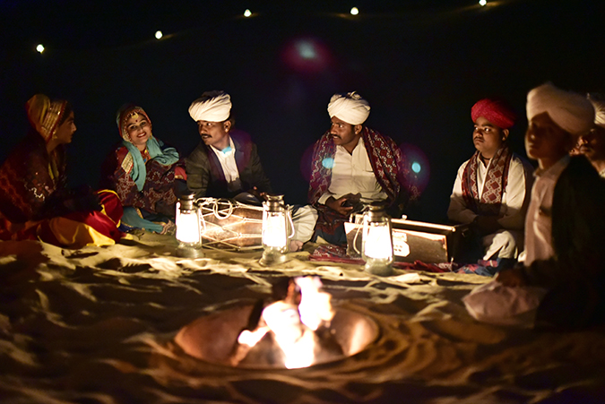 Suryagarh Jaisalmer | Akanksha Redhu | folk singers on sand dunes