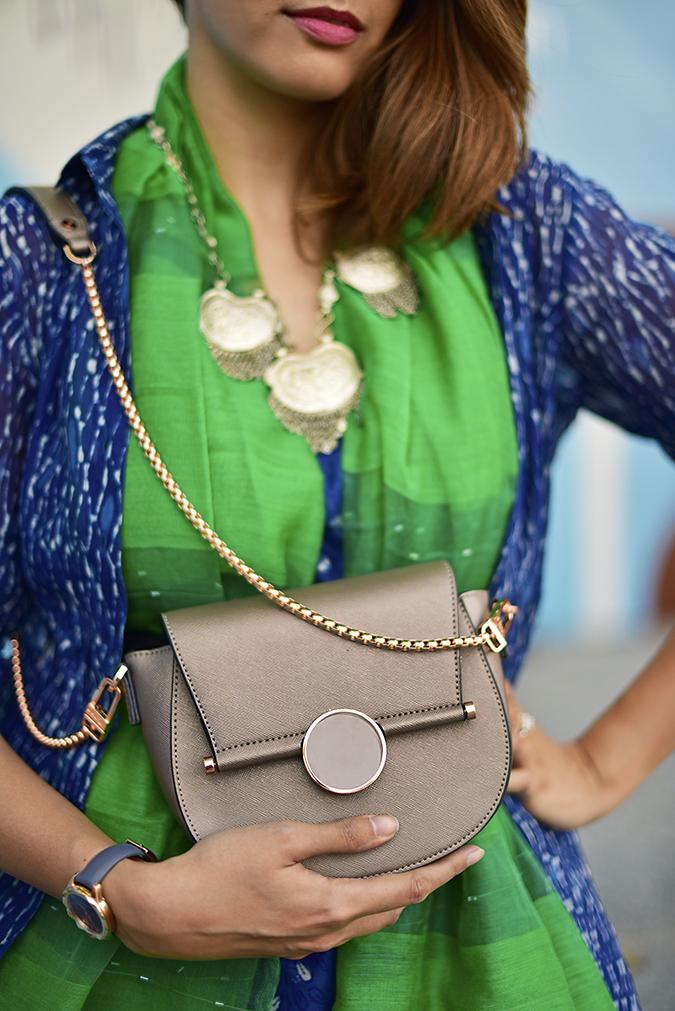 Amazon India Fashion Week | Akanksha Redhu | bag holding front
