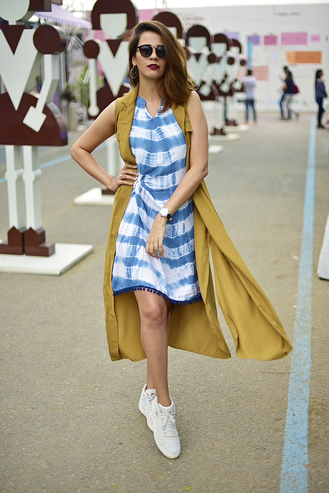 Amazon India Fashion Week   Akanksha Redhu   full front leg front fly