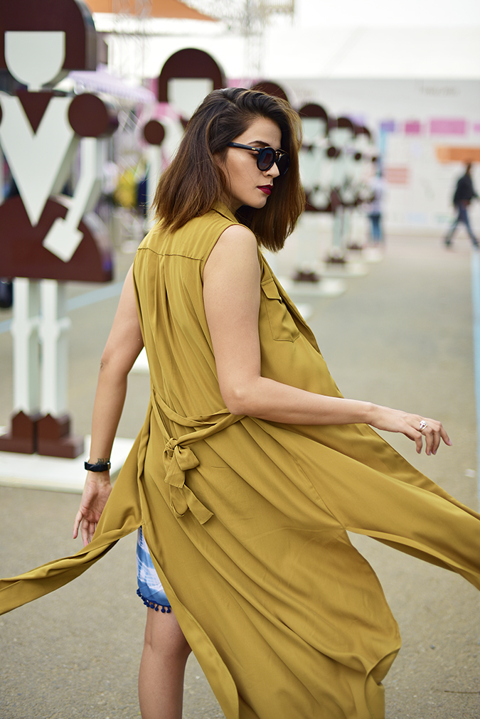 Amazon India Fashion Week   Akanksha Redhu   half back fly