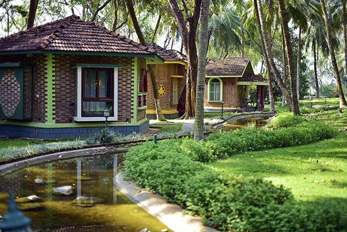 Kairali Ayurvedic Healing Village | Akanksha Redhu | villas wide