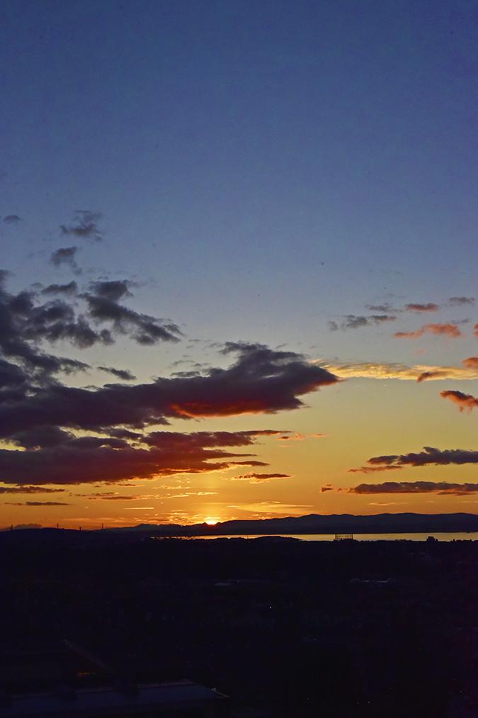 Edinburgh | Akanksha Redhu | sunset camera
