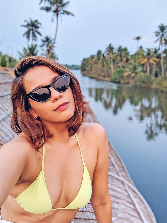 Kerala Backwaters | Vayalar | bikini selfie