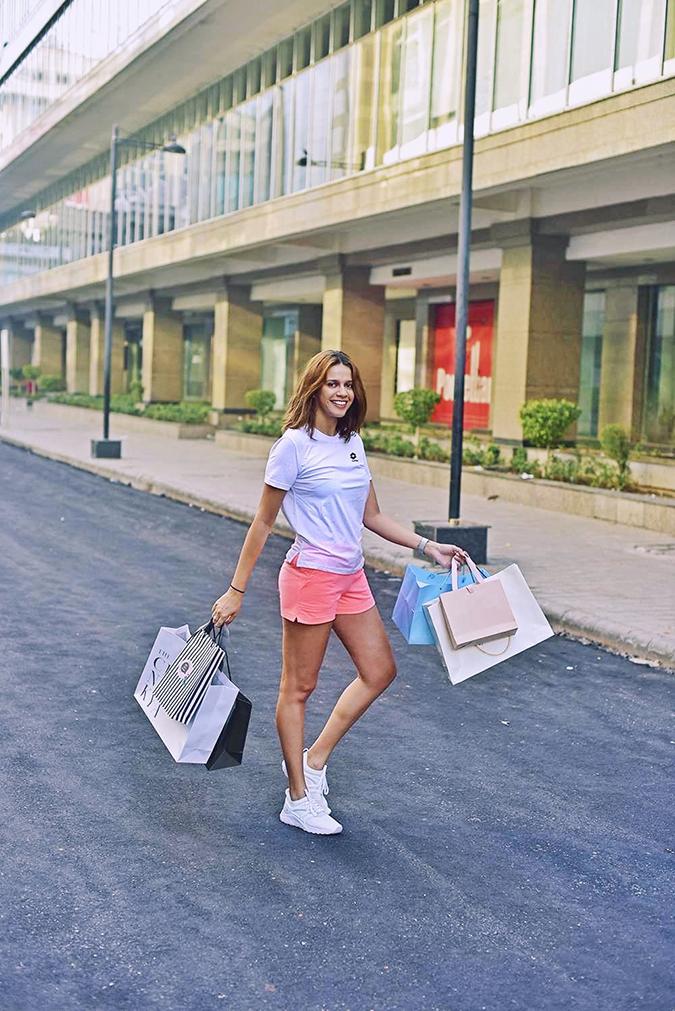Lotto LIFE'S | Akanksha Redhu | shopping full far