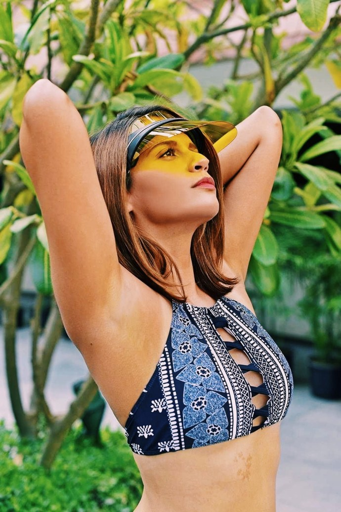 DiorClub1 | Akanksha Redhu | arms up looking up trees