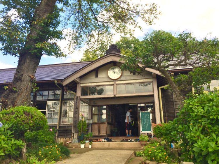 旧上岡小玄関。