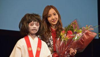AKB scandal?! Ichikawa Miori's photos with unknown guy