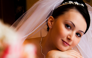 Surrey bride hiring casino tables. Wedding casino hire surrey