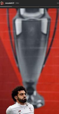 Sindiran balik Mohamed Salah pada Ashley Young setelah Manchester United dikandaskan Sevilla di Liga Champions