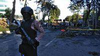 Bom meledak di gereja Surabaya/
