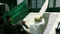 Tadarus Al Quran raksasa/