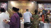 Kala Diplomat yang Biasa Necis Bersarung di Kampung Ramadhan Kemlu