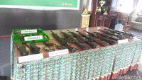 Senjata dan amunisi yang diserahkan