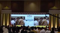 Suasana Prasiden Jokowi ditemani JK hadiri acara bukber Golkar.