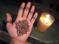 7 Tips Agar Henna Tak Mudah Pudar