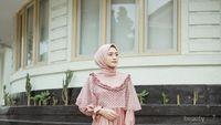 7 Ide Baju Kondangan Simple nan Elegan untuk Pesta Siang dan Malam ...
