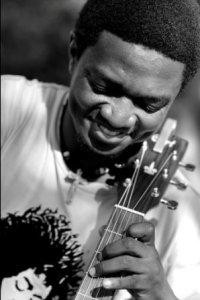 Francis Muhire , nominé aux cotés de Kidum (www.akeza.net)