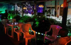 La Vigne Restaurant Bar , de nuit (www.akeza.net)