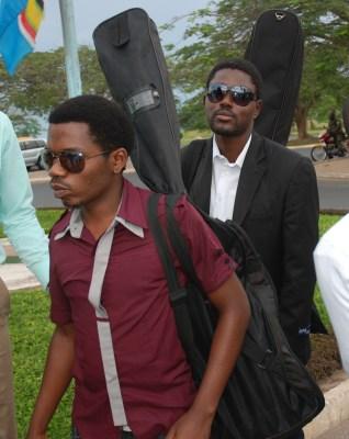 Peace and Love à l'Aéroport International de bujumbura (www.akeza.net)