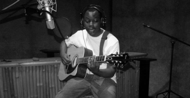 Bobona au Tanganyika Studio (www.akeza.net)