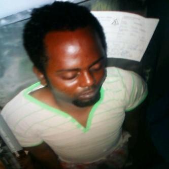 Le corps de Steven Kanumba chez lui. Le coeur ne bat plus...