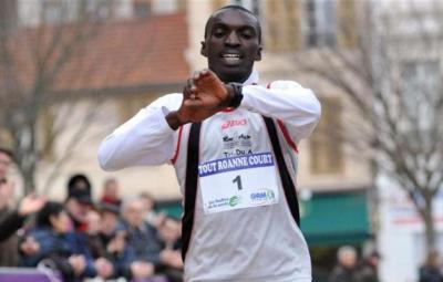 Le Burundais Ezechiel Nizigiyimana a remporté les 20 km de Paris