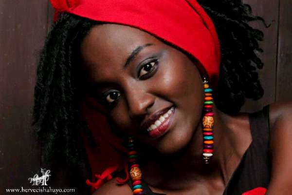 Iris Irumva , co-directeur de l'agence Esther (www.akeza.net)