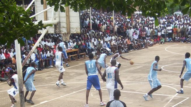 Urunani Vs New star pendant la finale du tournoi AC Génocide (www.akeza.net)