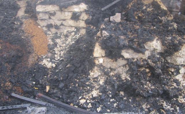 Incendie au marché central de bujumbura : des sacs de vivres brulés. Regardez...(www.akeza.net)