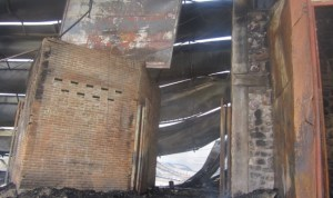 Incendie au marché Central de Bujumbura : les photos à 14h (www.akeza.net)