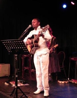 Evode NTAHONANKWA, ce militaire qui chante  (www.akeza.net)