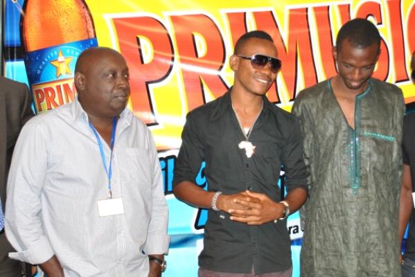 De G à D : Buddy Magloire , Rally Joe et Arnaud NGANJI (www.akeza.net)