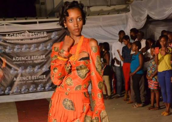 Tine Bidogeza , la grande gagnante du Casting Strut Strut Africa (www.akeza.net)