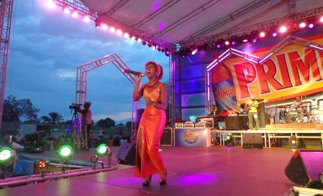 Primusic 2013 : Samantha un peu déçue d'avoir loupé la 1ère place (www.akeza.net)