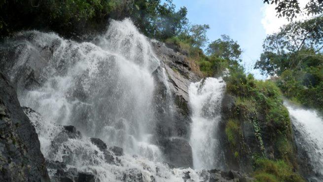 Chuttes de Karera, un haut lieu touristique (www.akeza.net)