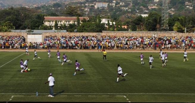 Image d`archive illustrant la rencontre entre Vital`o et Inter stars (www.akeza.net)